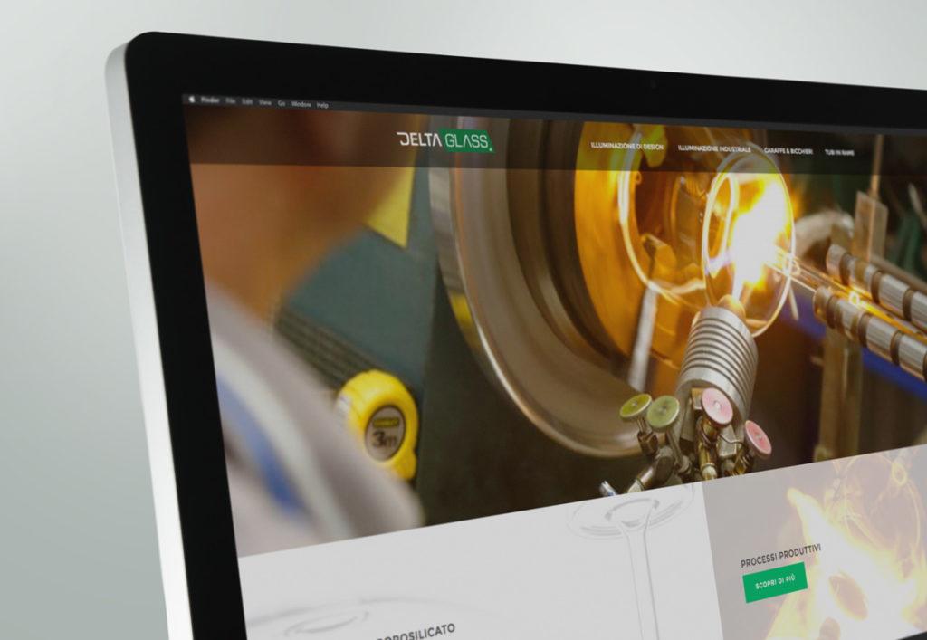 Dettaglio schermo sito Deltaglass